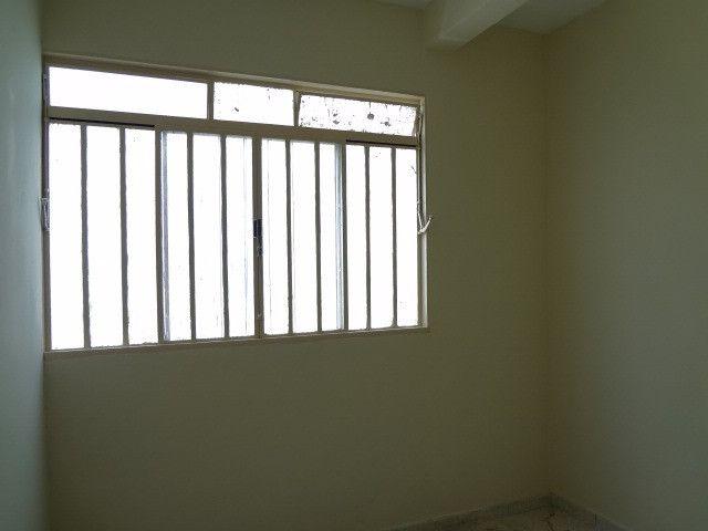 Urias 2 quartos, ambiente familiar, muito seguro, próximo do Store, Drogasil, padaria - Foto 2
