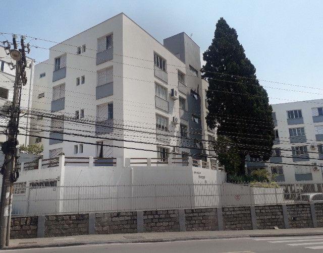 Aluguel de apartamento semimobiliado 1 dormitório com garagem bem localizado na Trindade - Foto 12