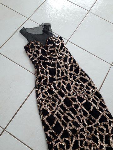 Vestido de formatura com transparência e bordado paetê - Foto 6