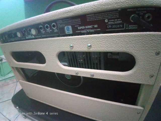 Amplificador fender super Sonic 60 w