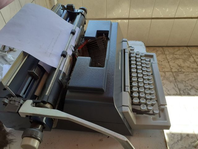 Maquina de escrever underwood 298 - Foto 5