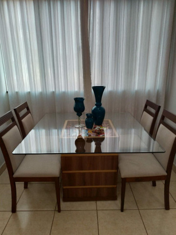 Mesa de jantar com cadeiras - Foto 4