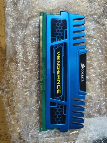 Memórias corsair vegeance 16gb (4x4gb) ddr3 - Foto 3