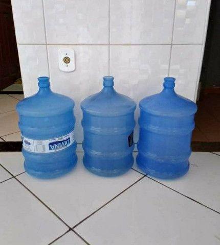 Galão água 20 litros
