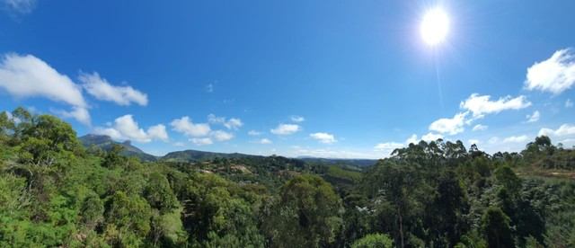 Vendo Lote 2.500 M² com Vista Eterna para Pedra Azul - Condomínio Cerro Azul