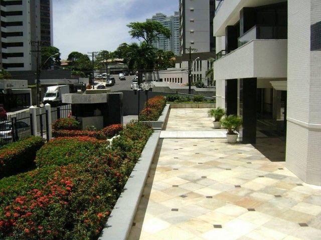 Apartamento para aluguel com 174 metros quadrados com 4 quartos em Candeal - Salvador - BA - Foto 18