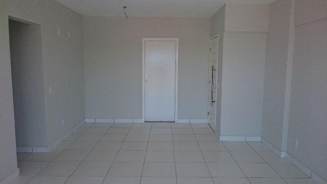 Excelente Apartamento em Capim Macio, Condomínio Saint Charbel, localização privilegiada - Foto 4