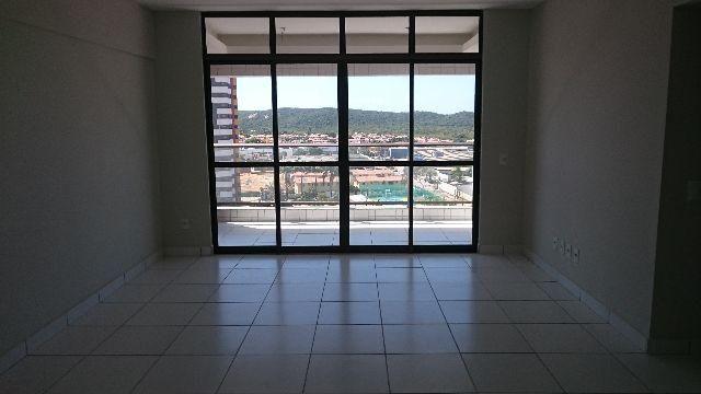 Excelente Apartamento em Capim Macio, Condomínio Saint Charbel, localização privilegiada - Foto 2