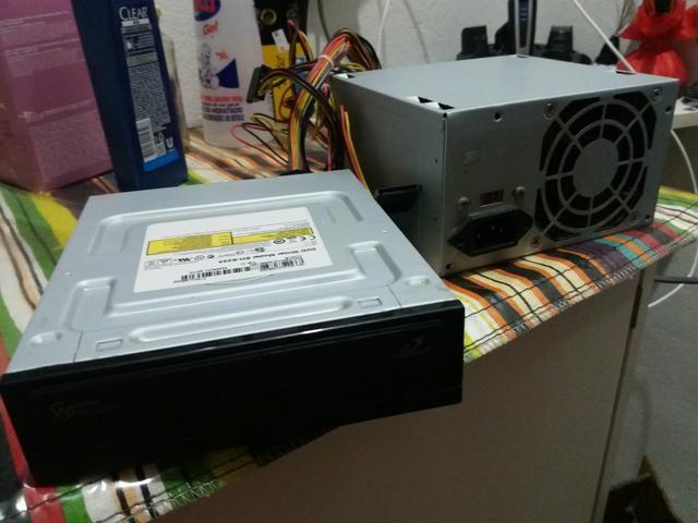 Drive gravador de cd e dvd e fonte de PC
