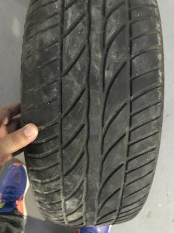 Venda de pneu