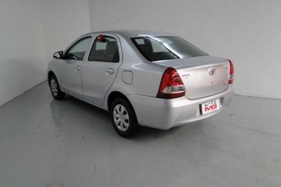 Etios Sedan X 1.5 Flex 16V 4P - Foto 6