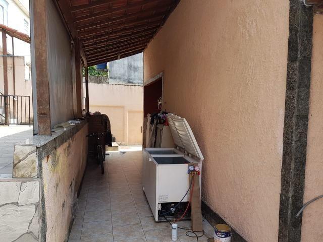Otima casa linear de frente com 3 quartos 6 vagas aceito permuta - Foto 10