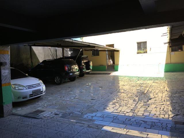 Aluga-se apartamento na Antônio bezerra
