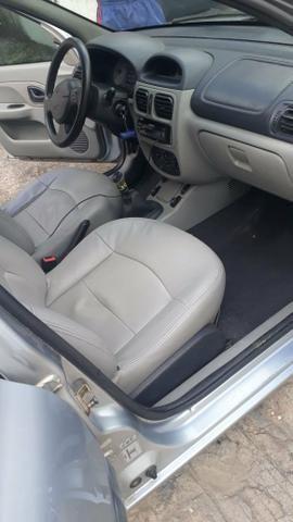 Clio sedan 2005/2006 1.6 16v - Foto 5