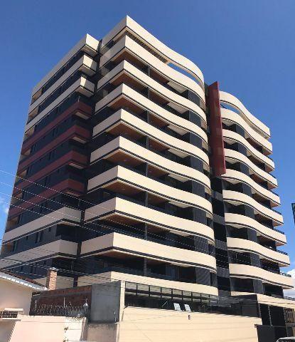 Excelente apto3/4 com suites,área de lazer,133 m2