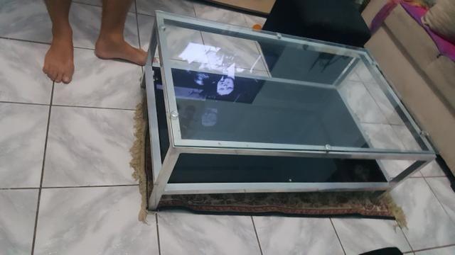 Mesa de centro de vidro semi nova