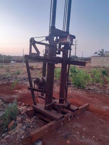 Máquina de Brunir pistão hidráulico ou furar poço artesiano