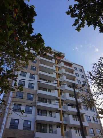 Maravilhoso apartamento novo, 2/4, vista mar em Praia do Flamengo