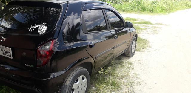 Troco por veículo financiado Celta 11/12 - Foto 6