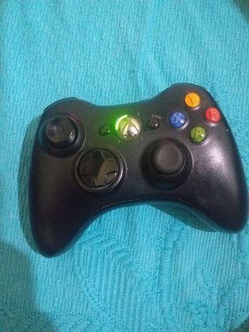 Controle original de Xbox 360, aceito troca em HD com jogos