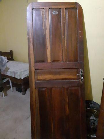 Vendo porta de madeira  - Foto 2
