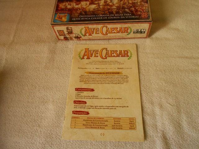 Jogo de Tabuleiro Ave Caesar - Grow - Com miniaturas de bigas - Foto 2