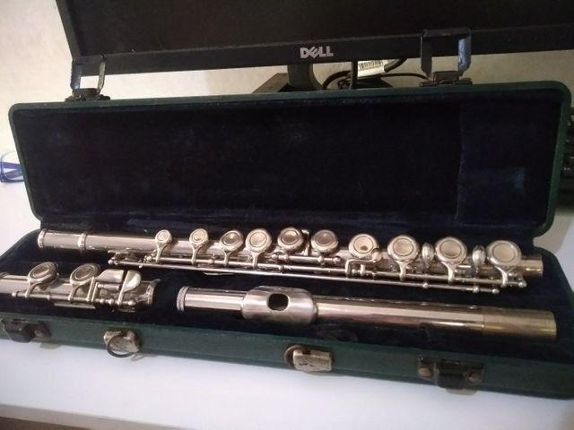 Flauta transversal eastman