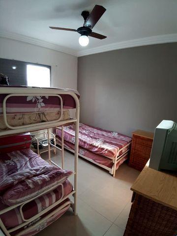 Lindo Apartamento de 2 dormit com sacada região Tortugas - Foto 5