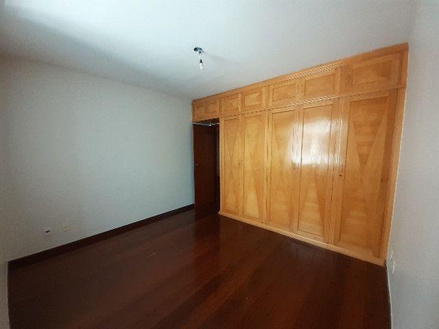 Apartamento com 180m², o melhor 3 quartos de Friburgo, no centro em rua nobre - Foto 9