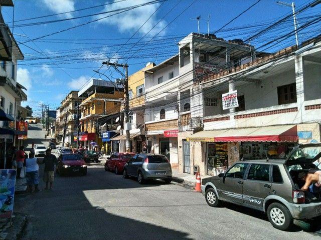 Casa antiga 1° andar em Itapuã, frente de rua 2/4 R$115.000,00 - Foto 2