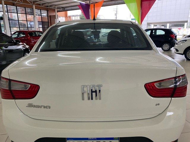 Gran Siena 1.4 GNV modelo 2020 com 669 km - Foto 4