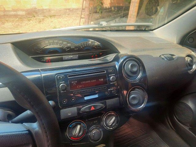 Etios XS Sedan 1.5 2016 - Foto 19