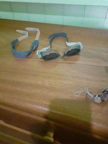 Vendo óculos de natação praticamente novo e com alça reserva - Foto 5