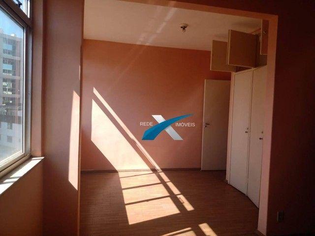 Excelente 3 quartos, transformado em 2 quartos com aproximadamente 90m2, Bairro Santa Efig