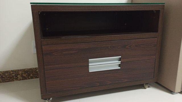 Mesa para escritório/ quarto ou sala