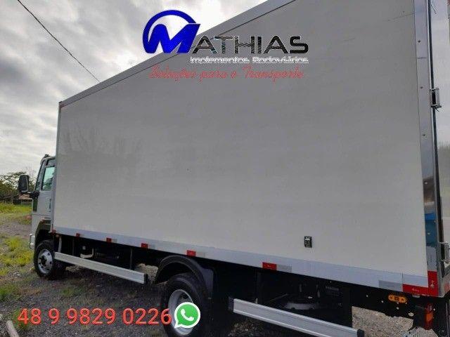 carroceria frigorificada 6.20m ano 2015 3/4 Mathias implementos  - Foto 2