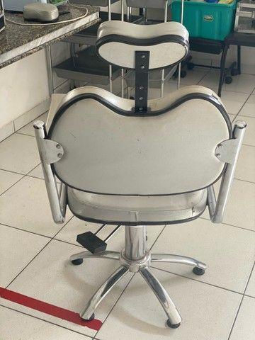 Cadeira hidráulica para Cabeleireiros  - Foto 2