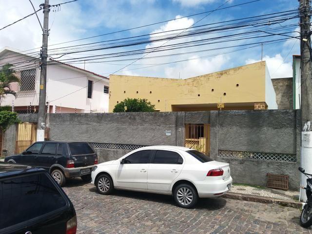 Casa Térrea no Caminho de Areia