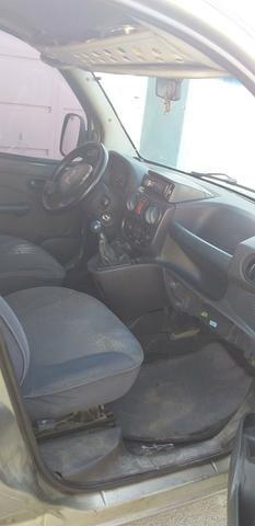 Troco uma doblo em carro com GNV - Foto 4
