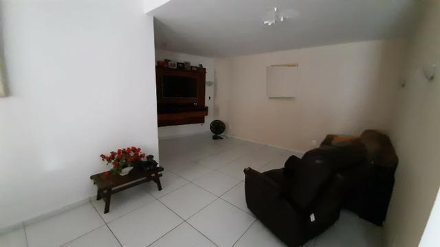 Alugo casa uso comercial 6 qts 4 banehiros 600m2 4 vgs - Foto 8