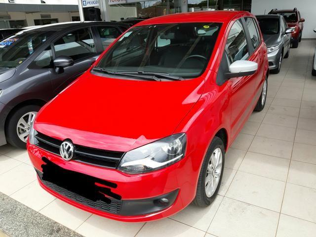 Vendo VW Fox 1.6 versão Rock IN RIO 13-14 valor: R$33.900,00 - Foto 3