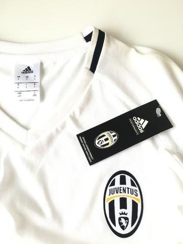 Camisa Camiseta Adidas Cristiano Ronaldo Dybala Juventus Treino Viagem  Futebol Champions 853714248d7de