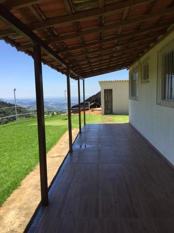 Sítio com vista para o litoral entre Fundão e Santa Teresa com casa nova - Foto 10