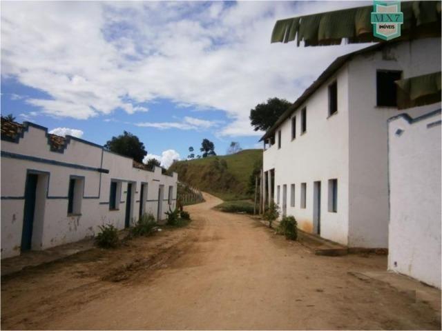 Fazenda na cidade de Ibirataia a 340 Km de Salvador e 320 Km de Camaçari