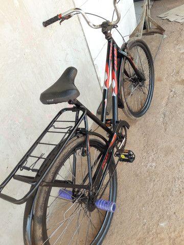 Vendo essa linda bicicleta poti caloi boa só pegar e andar, valor mínimo 250 entrego.  - Foto 2