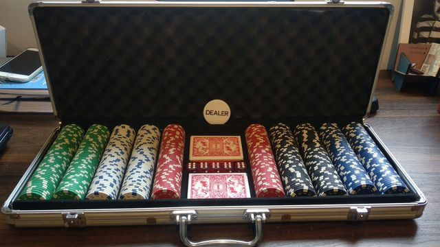 Maleta de Poker 300 fichas Copag completa