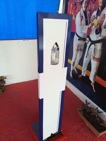 Totem de álcool em gel com acionamento de pedal - Foto 4