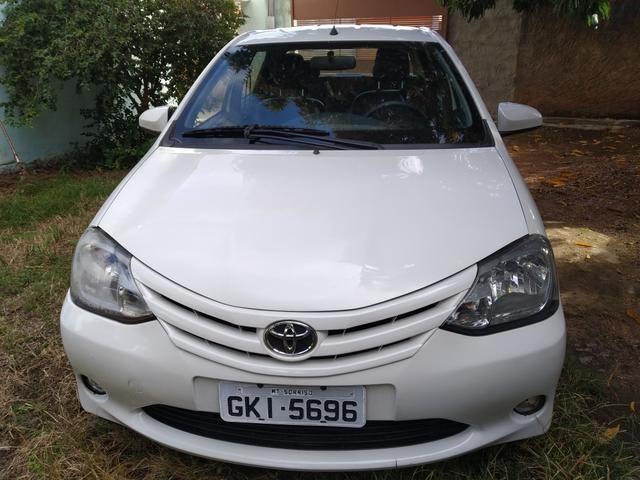Etios 1.5 XS sedan