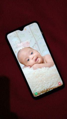 Vendo esse celular sansung A10 todo bom com nota fical e carregador  poucos meses de usso