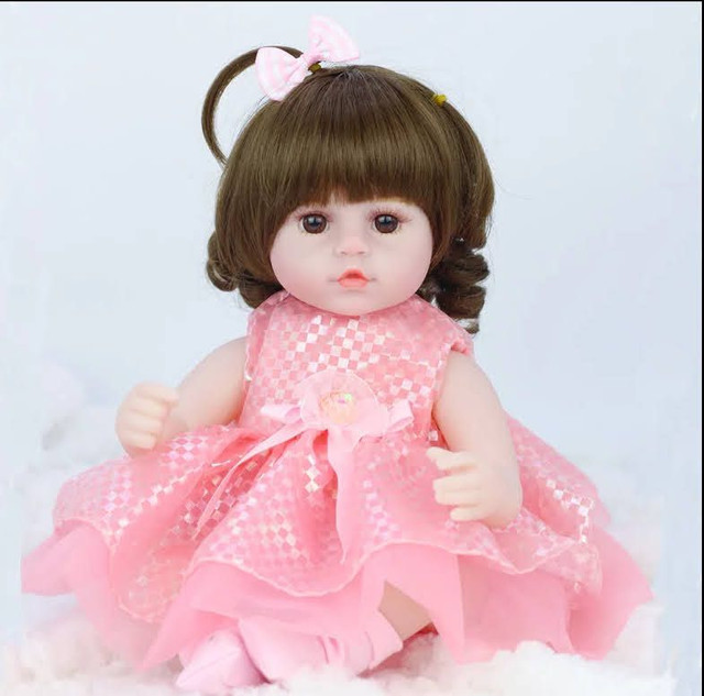 Boneca bebê Reborn Menina realista a pronta entrega